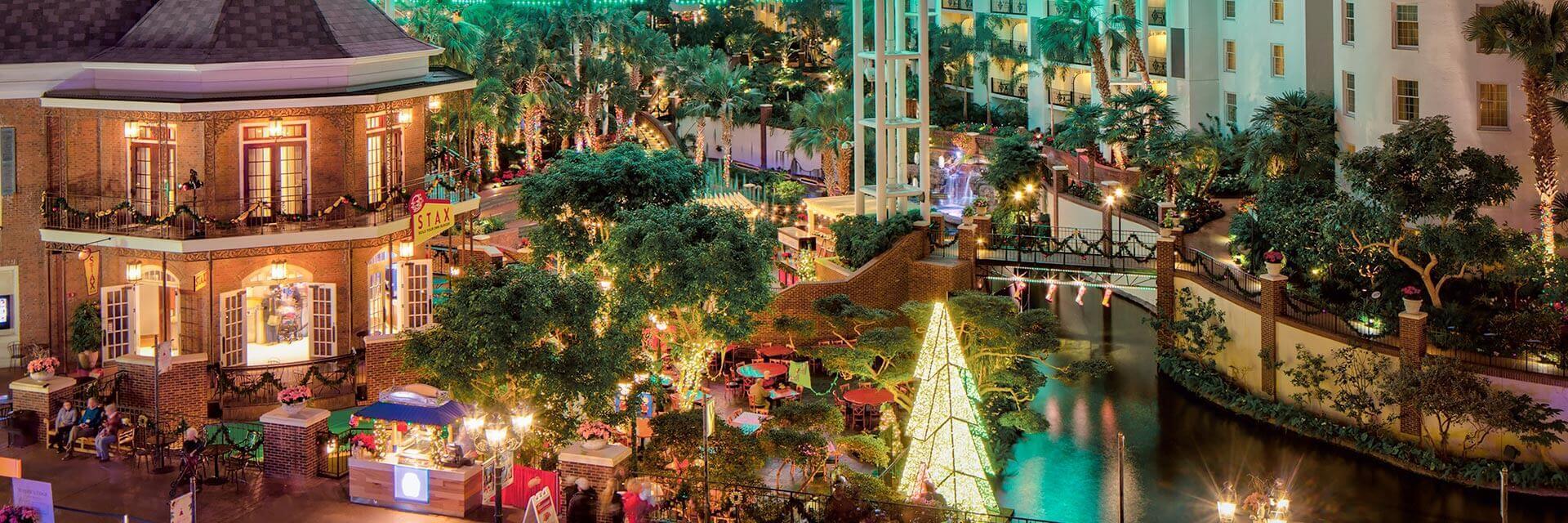Delta Atrium Christmas at Gaylord Opryland Nashville